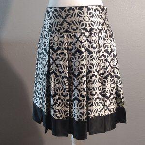 White House Black Market Silk Skirt, Size 2 EUC